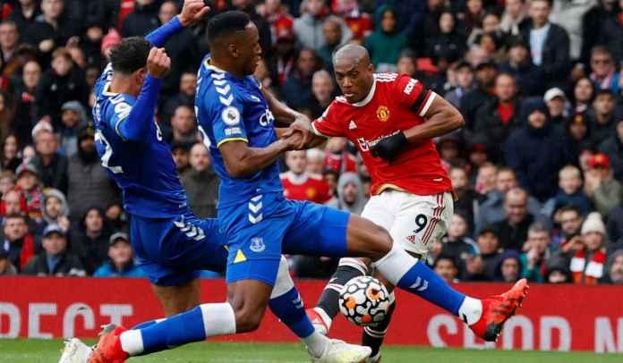 Jadi Klub Kaya Baru, Newcastle United Langsung Dekati Penyerang Manchester United
