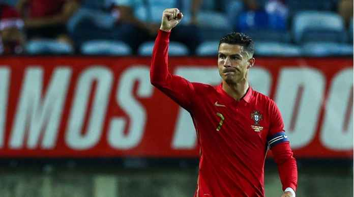 Ronaldo Cetak 2 Gol Dalam 5 Menit, Gol Internasional ke-113 dan 114 Tadi Malam