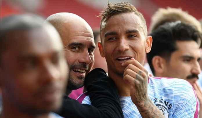 Bek Juventus Danilo Sebut Bos City Pep Guardiola Selalu Memikirkan Soal Sepak Bola