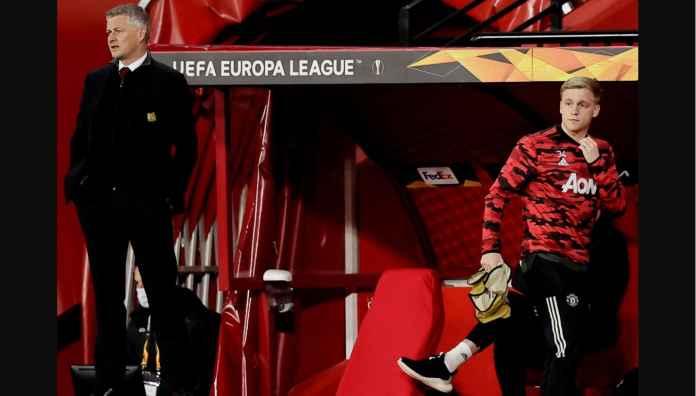 Donny van de Beek Frustrasi, Kembali Masuk Daftar Cadangan Man Utd vs Everton