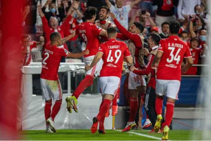 Liverpool Jadi Satu dari 35 Klub yang Incar Penyerang Benfica Pembobol Gawang Barcelona