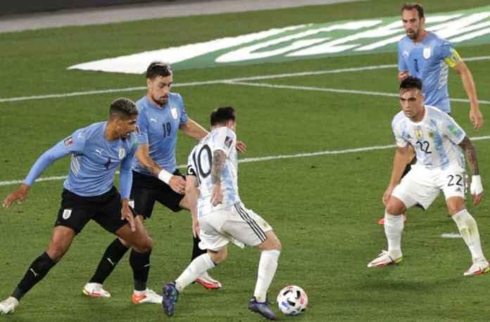 Barcelona Ketar-ketir Ronald Araujo Cedera di Timnas Uruguay