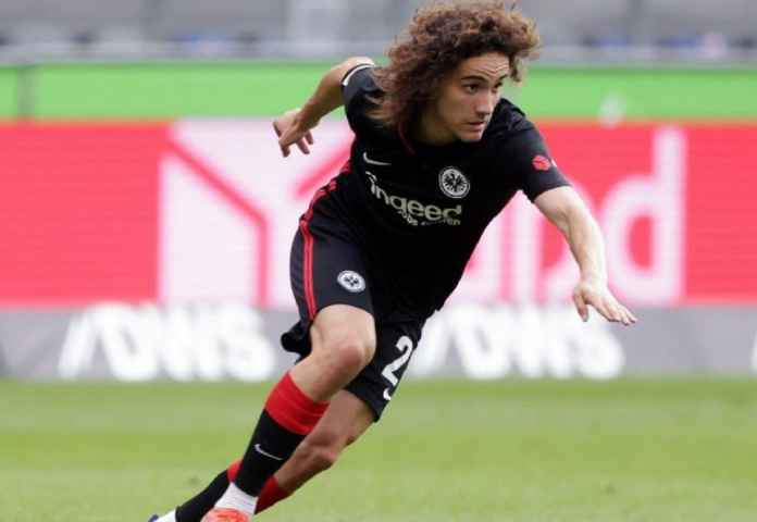 Barcelona Buru Tanda Tangan Wonderkid Eintracht Frankfurt di Bursa Musim Dingin