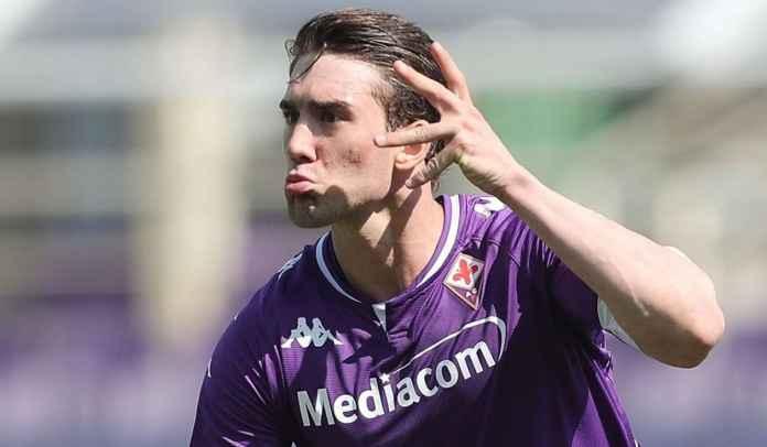 TERUNGKAP! Fiorentina Terpaksa Gagal Beri Vlahovic Kontrak Baru Karena Agennya Mata Duitan