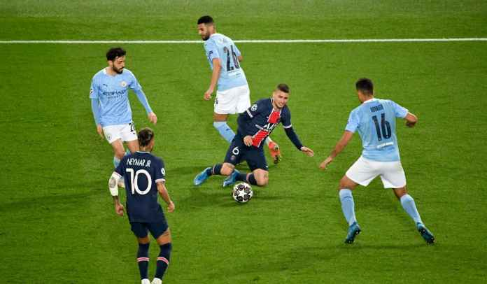 Ashley Young Desak Manchester United Datangkan Gelandang Paris Saint-Germain Ini